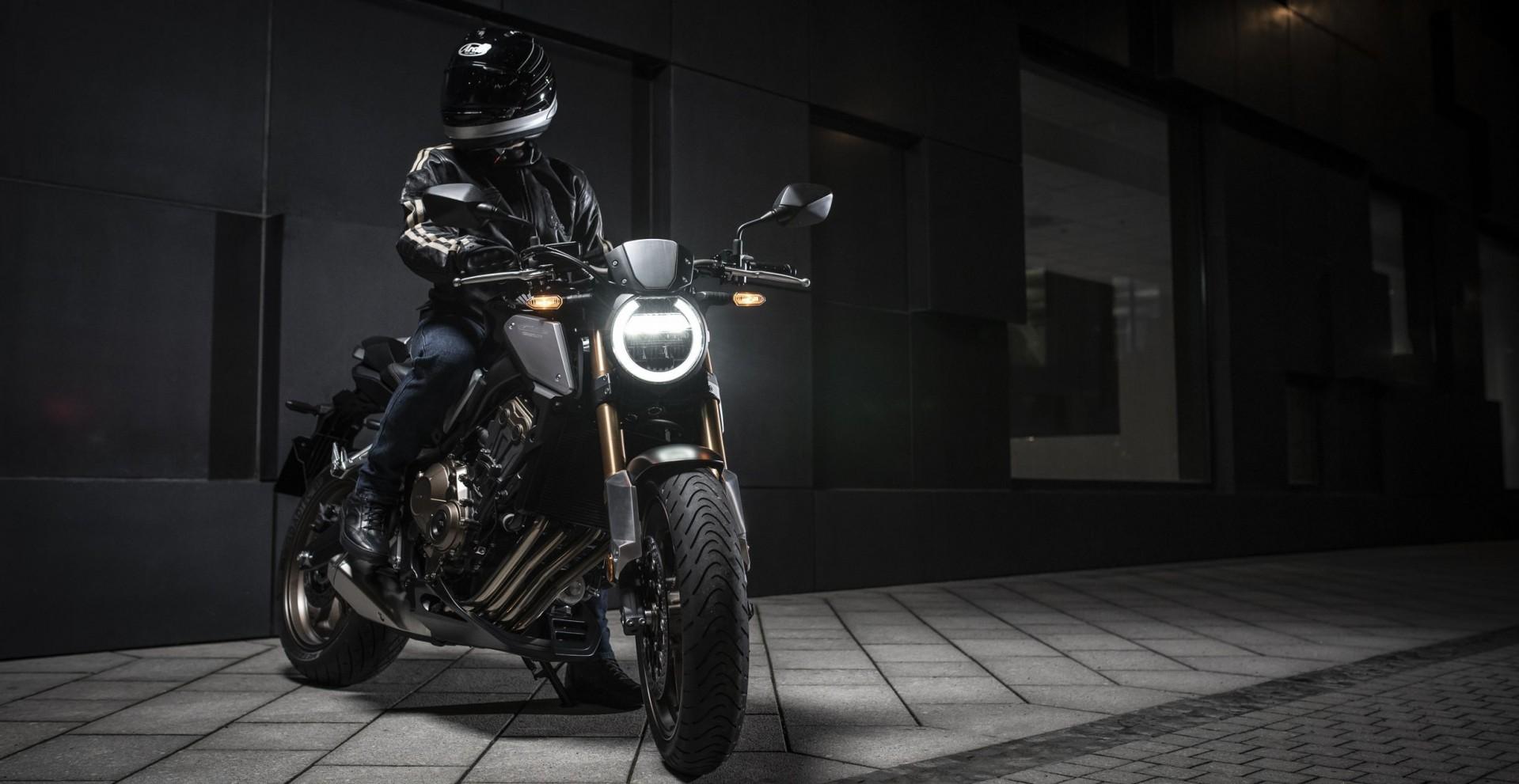 CB650R Neo Sports Café : le nouveau roadster mid-size Honda vient enrichir la gamme Neo Sports Café