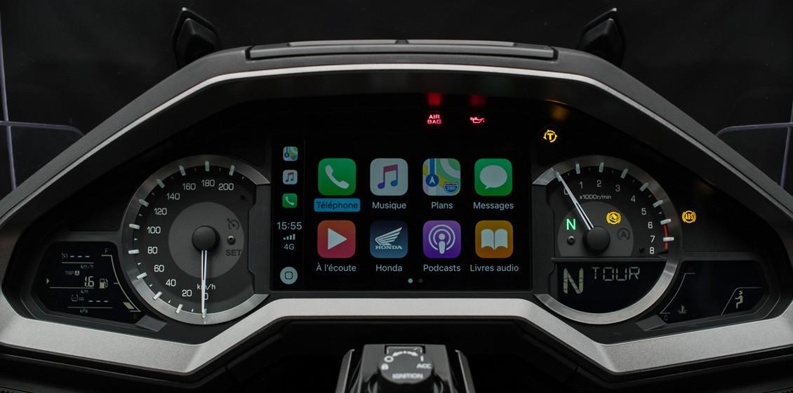 Seule moto dotée de l'Apple CarPlay TM